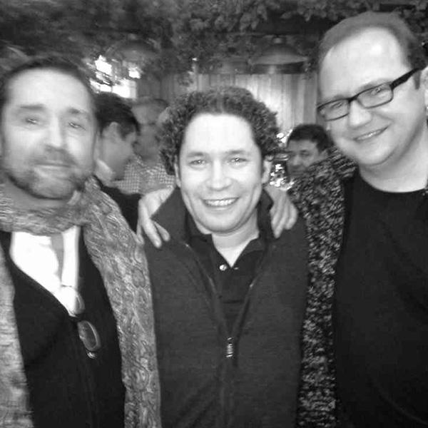Con Gustavo Dudamel y Roberto Ugarte